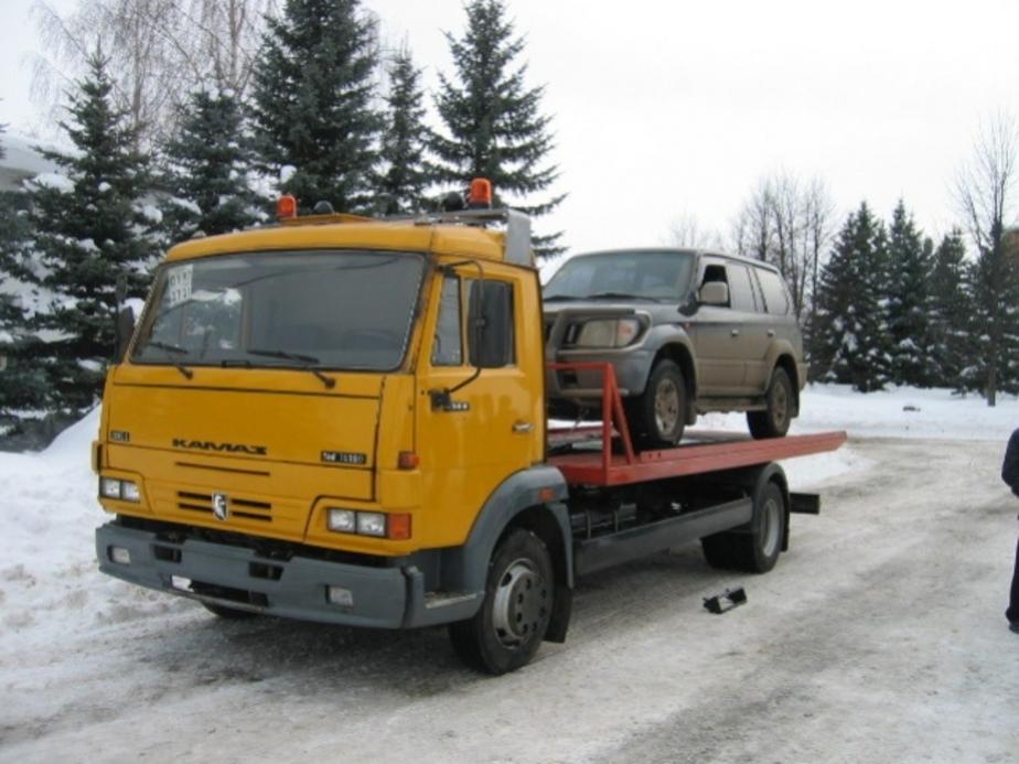 Мешающие уборке снега машины перевезут на спецпарковки - Новости Калининграда