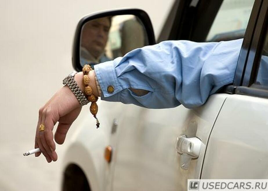 Калининградские водители заплатили 1-5 млн- руб- штрафов за выброшенные окурки - Новости Калининграда