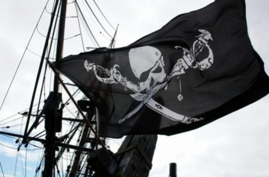 На захваченном сомалийскими пиратами теплоходе находится калининградец - Новости Калининграда