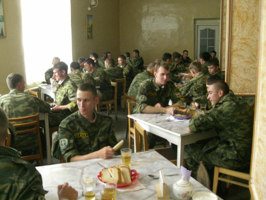 Воинской части в Калининграде продали 2 тонны некачественной перловки - Новости Калининграда