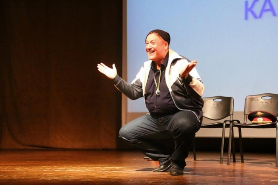 Георгий Боос репетирует роль Наполеона в новой рок-опере - Новости Калининграда