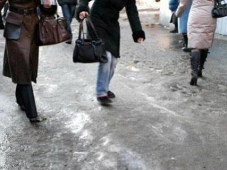 Более 100 жителей Светлого получили травмы из-за гололеда - Новости Калининграда