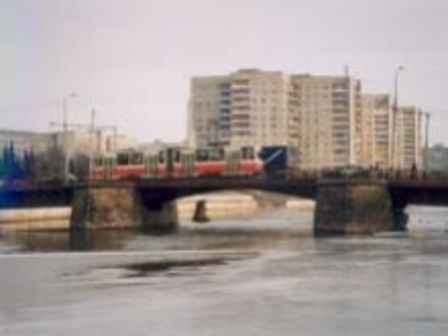 Пьяный калининградец упал с моста в Преголю  - Новости Калининграда