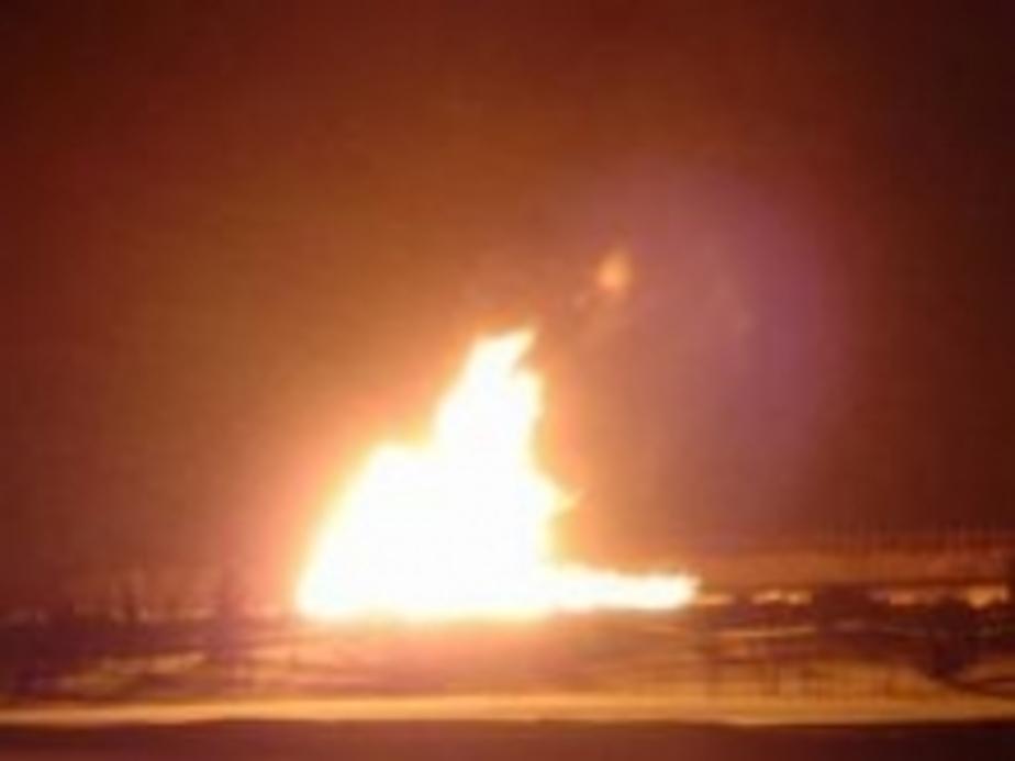 Под Ладушкиным из земли вырвался 2-метровый огонь  - Новости Калининграда