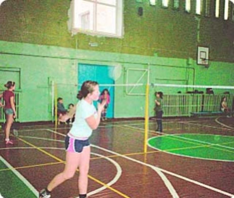 Бадминтон: День студента отметили с ракетками в руках - Новости Калининграда