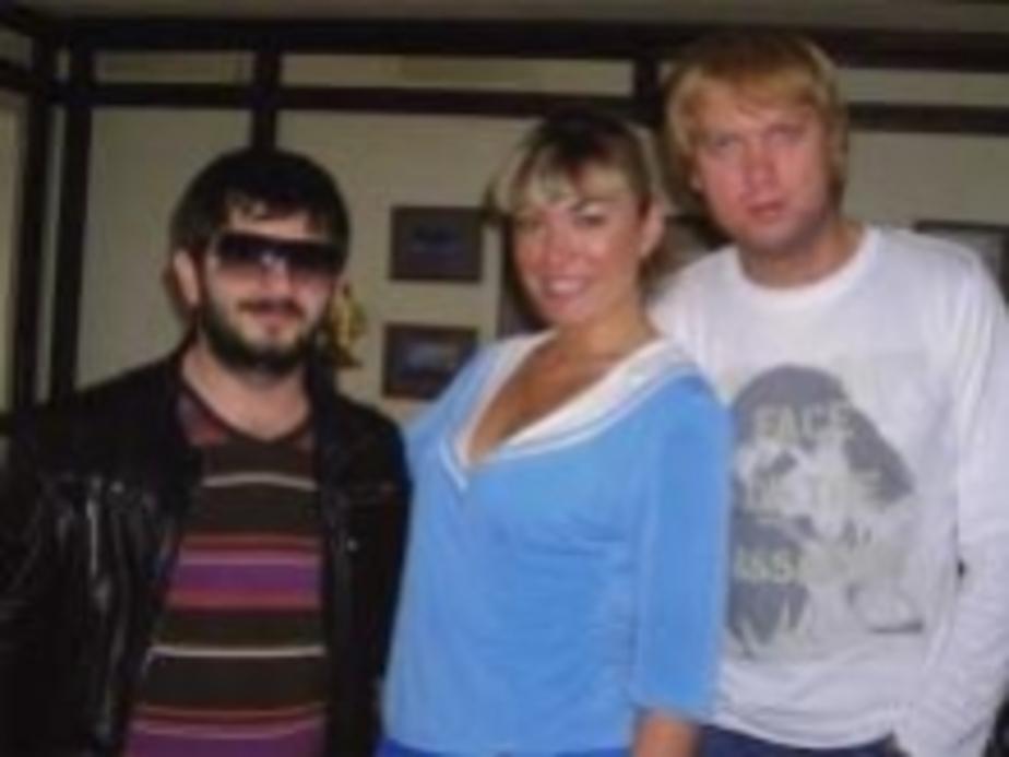 """Галустян и Светлаков смотрели хоккей в кафе """"Титаник"""" - Новости Калининграда"""