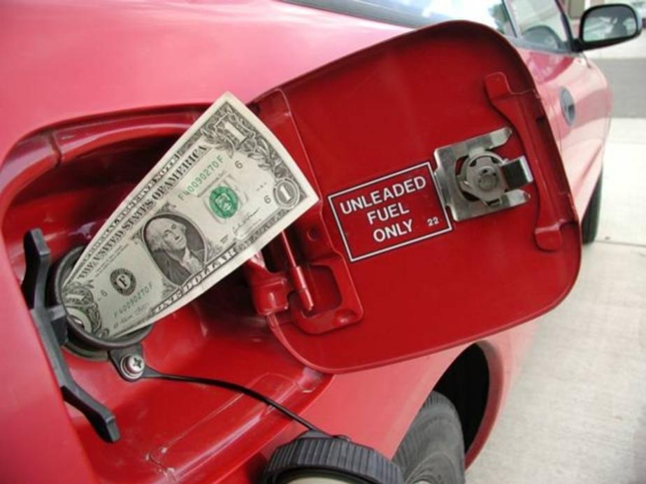 Литовские водители возмущены ростом цен на бензин в Калининградской области - Новости Калининграда