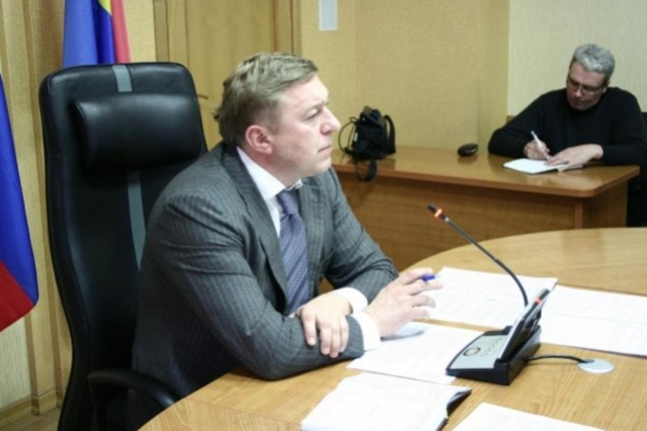 Около 900 калининградцев позвонили Ярошуку насчет уборки снега - Новости Калининграда