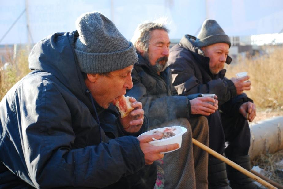 В Калининграде бездомных накормят супом из ресторанов - Новости Калининграда