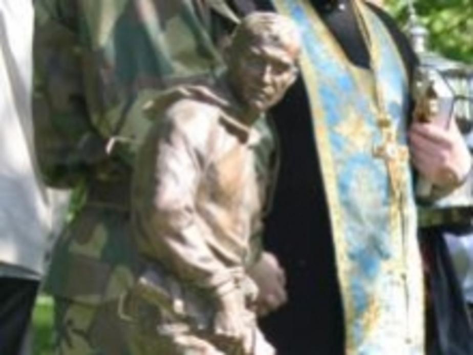 Разведчик на новом памятнике в Калининграде похож на Путина - Новости Калининграда