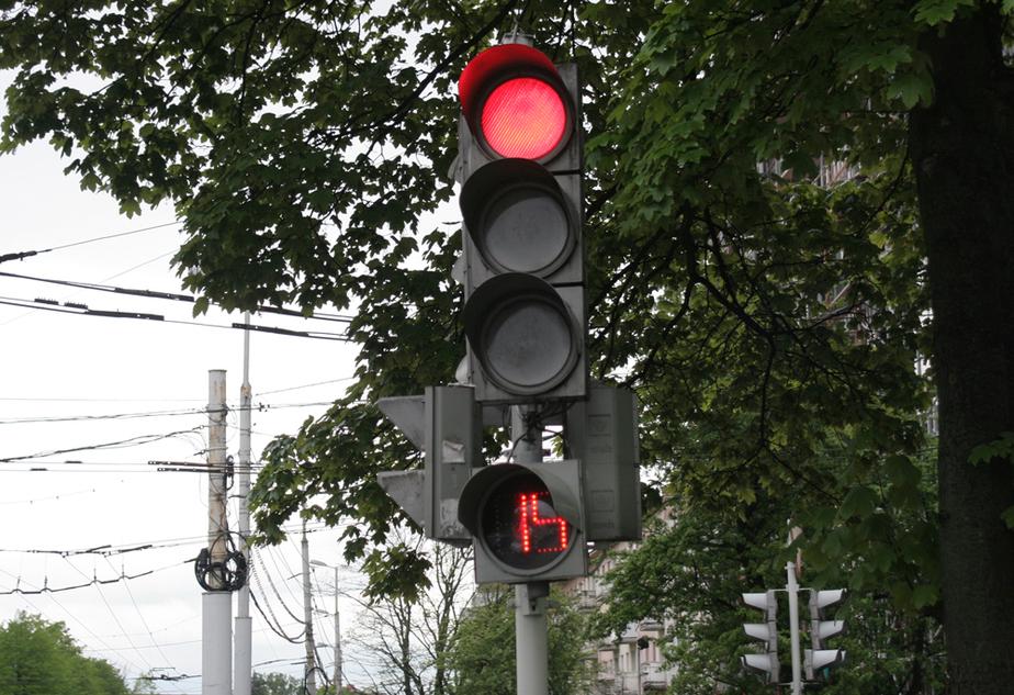 В Калининграде изменят работу светофоров и движение на части улиц - Новости Калининграда