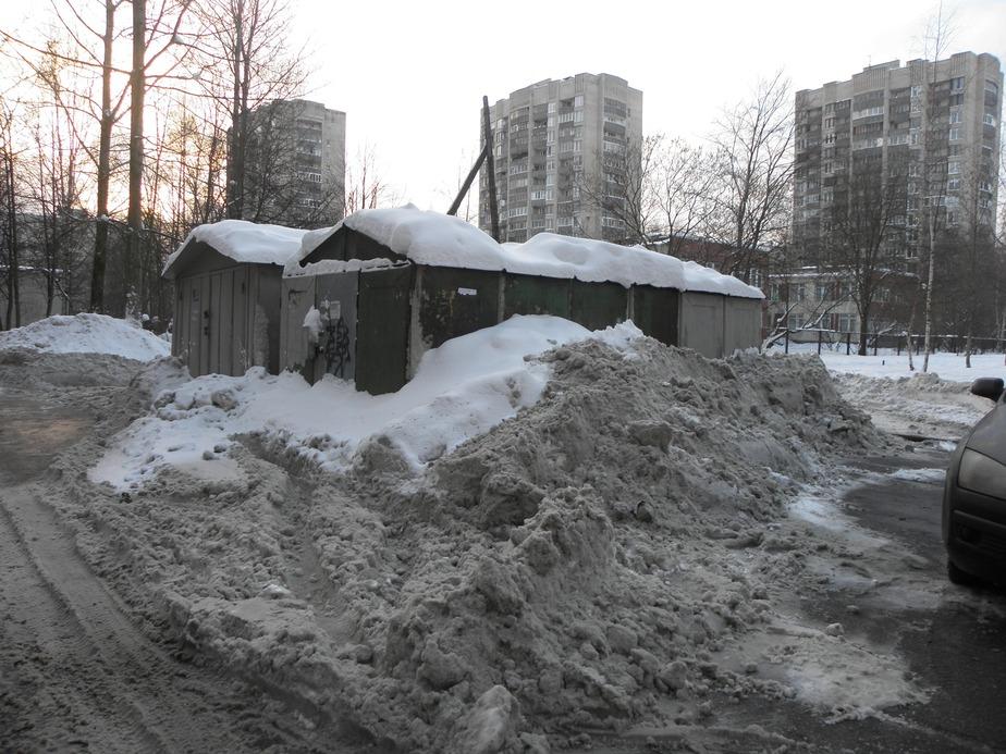 В Калининграде задержали угонщиков- застрявших в сугробе на украденной машине - Новости Калининграда