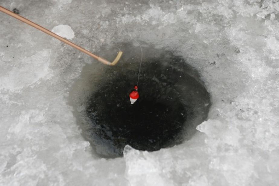 В Куршском заливе спасены 7 рыбаков - Новости Калининграда