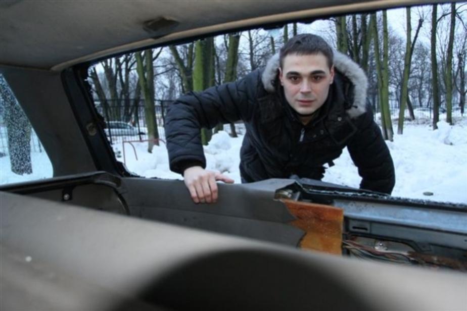 В Калининграде управляющая компания отказывается возмещать ущерб за машину, разбитую снегом с крыши - Новости Калининграда