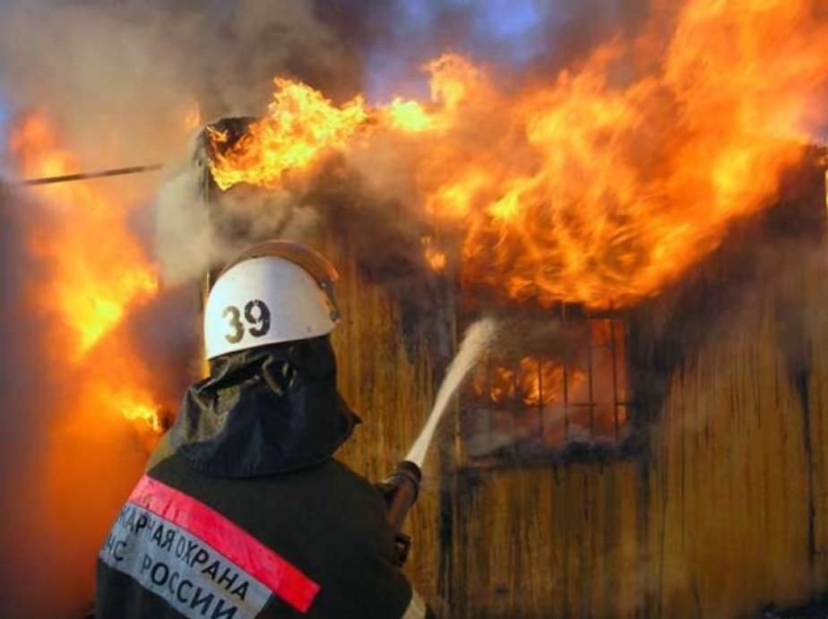 Пожар в Славском районе удалось потушить за шесть часов- один погибший - Новости Калининграда