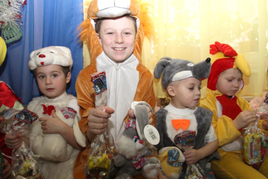 Ребята из приюта «Исток» получили подарки от правительства области - Новости Калининграда