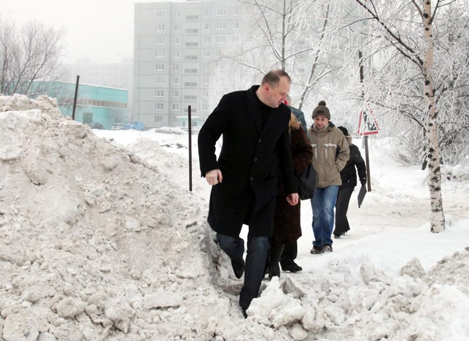 Цуканов дал поручение Ярошуку срочно промывать забитые ливн-вки - Новости Калининграда
