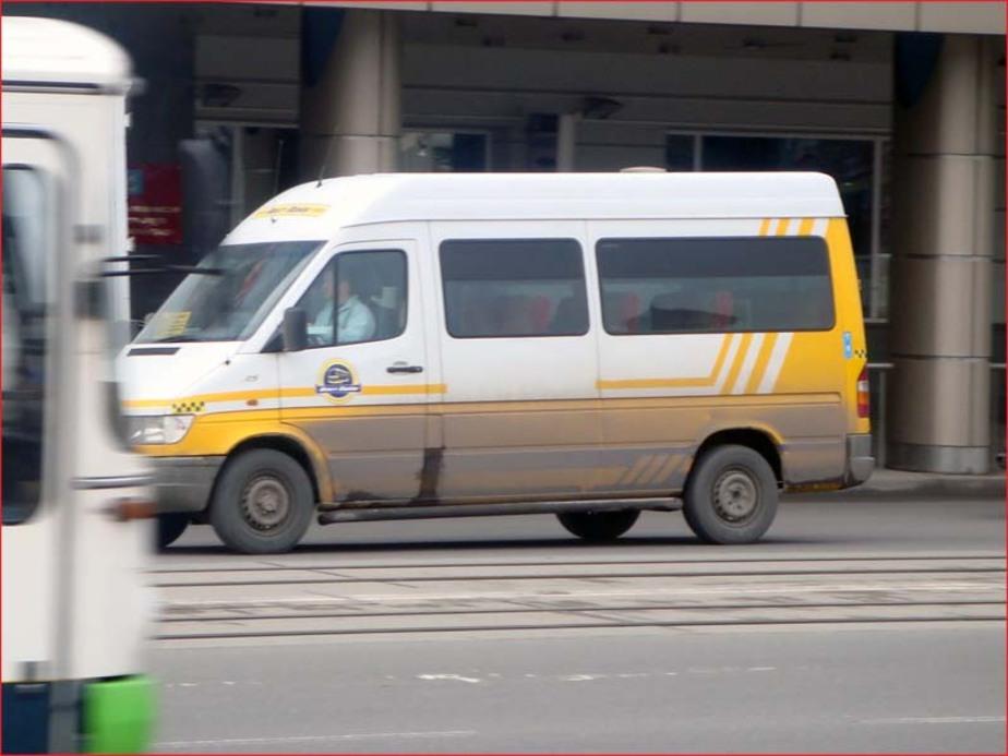 """В Калининграде -""""маршрутка-"""" сбила женщину на -""""зебре-"""" - Новости Калининграда"""