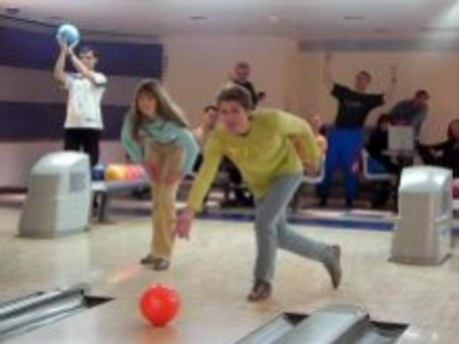 Сироты примут участие в турнире по боулингу  - Новости Калининграда