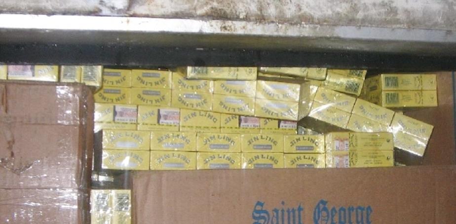 В польском туристическом автобусе найдены 2290 пачек контрабандных сигарет - Новости Калининграда