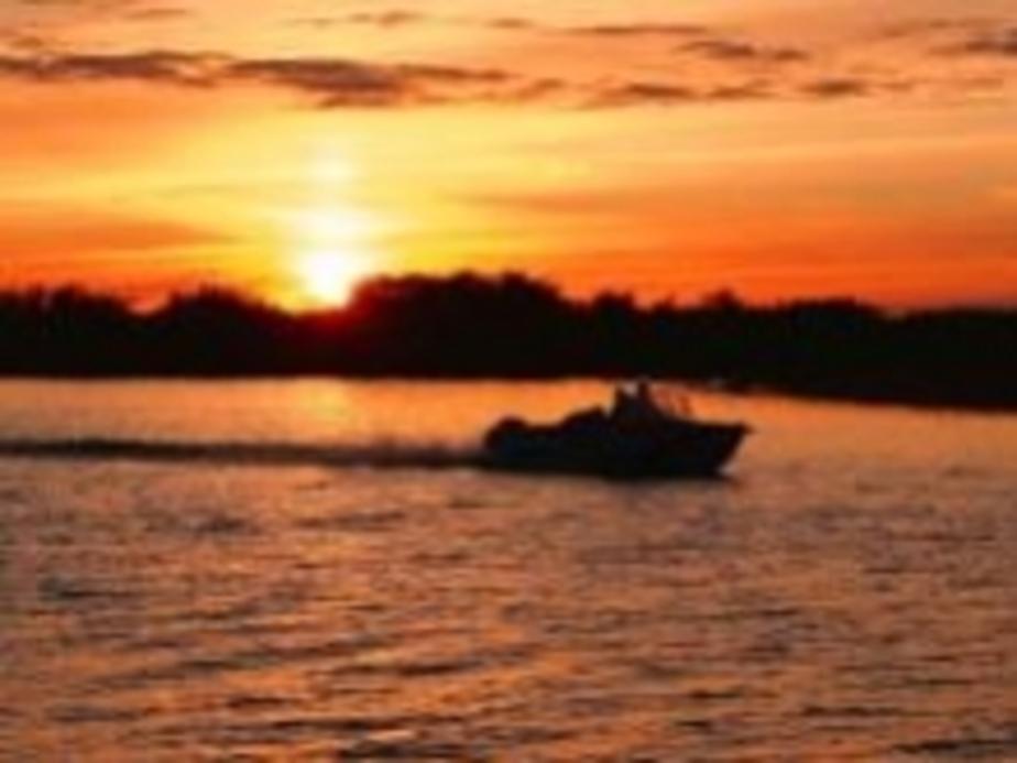 В Куршском заливе найдены тела двух рыбаков-любителей - Новости Калининграда
