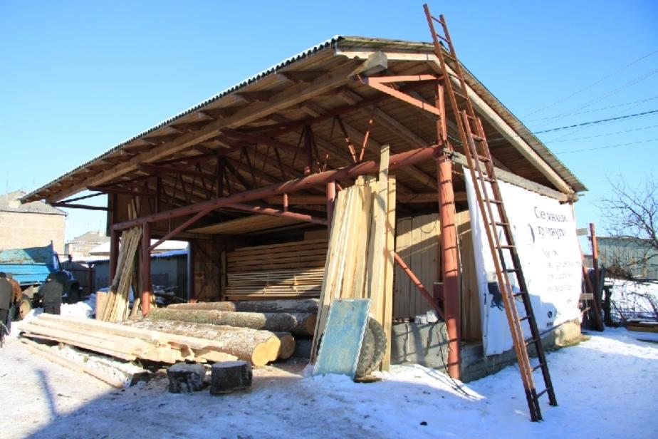 В Ладушкине снесли незаконную пилораму - Новости Калининграда