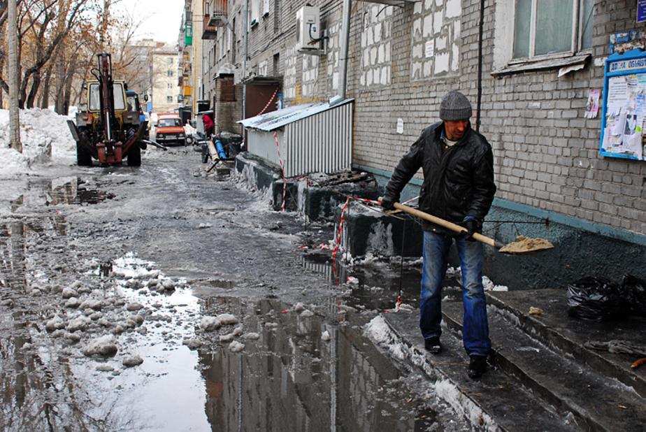 Цуканов потребовал активизировать работу коммунальных служб - Новости Калининграда