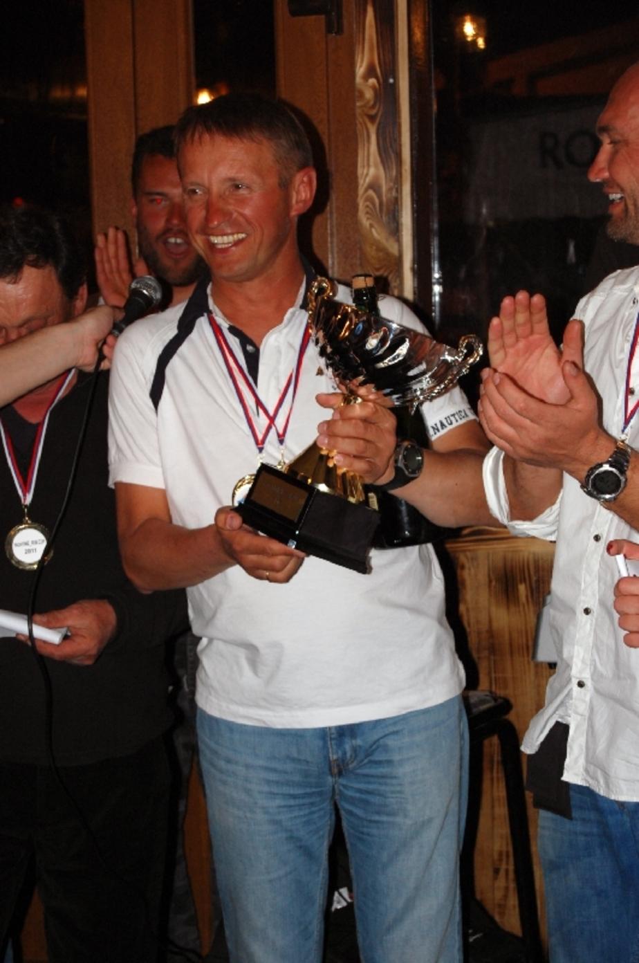 Калининградец выиграл кубок на яхтенных соревнованиях блоггеров - Новости Калининграда