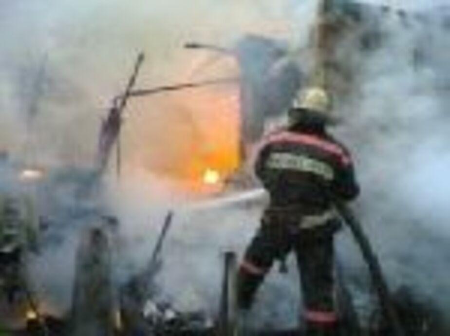 В садовом обществе на ул- Батальной сгорели четыре хозпостройки - Новости Калининграда
