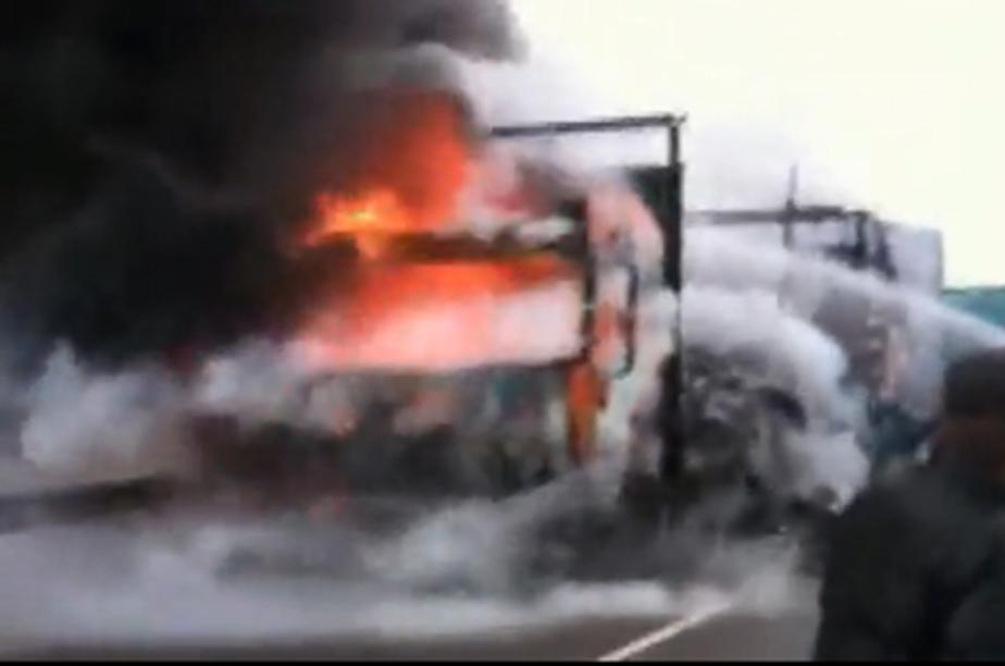В Литве из-за окурка сгорел калининградский грузовик и 400 велосипедов - Новости Калининграда