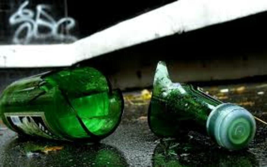 В Багратионовске полиция застала грабителей за покупкой водки в магазине - Новости Калининграда