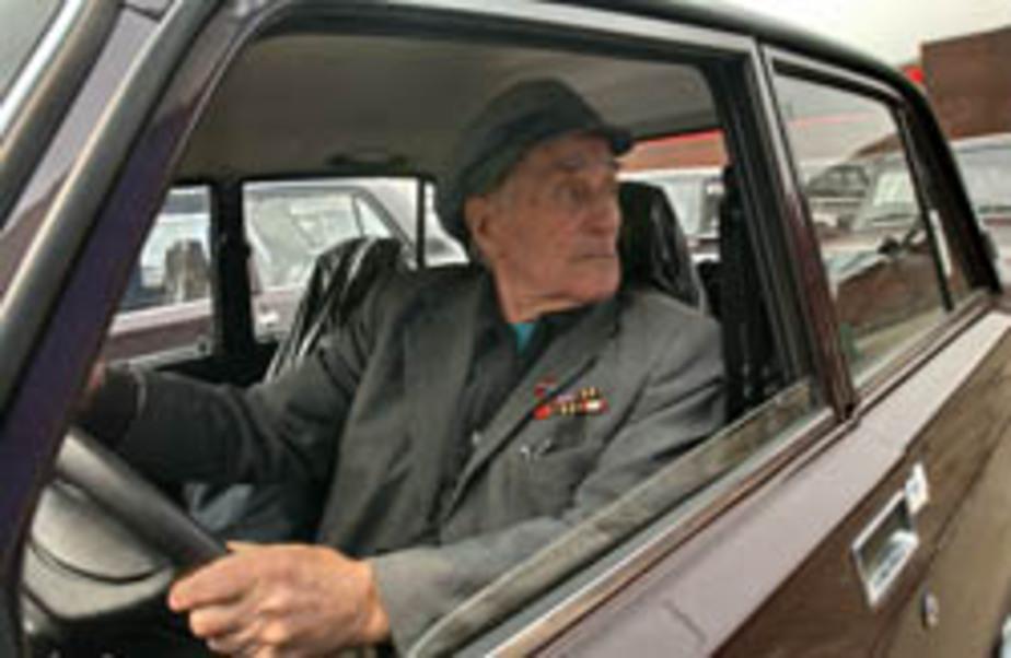 В России предложили лишать водительских прав пенсионеров