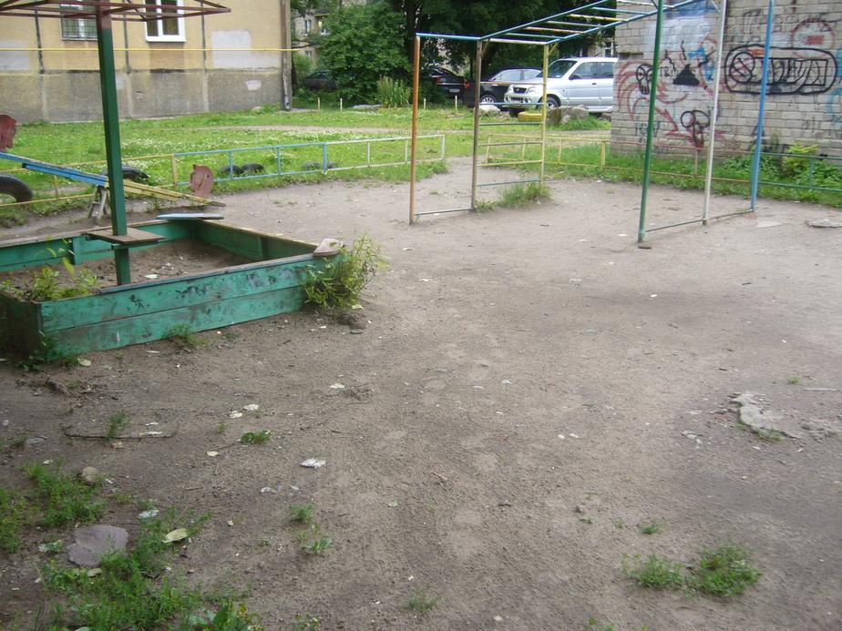 Прокуратура- абсолютно все детские площадки в Калининграде и области нуждаются в ремонте - Новости Калининграда