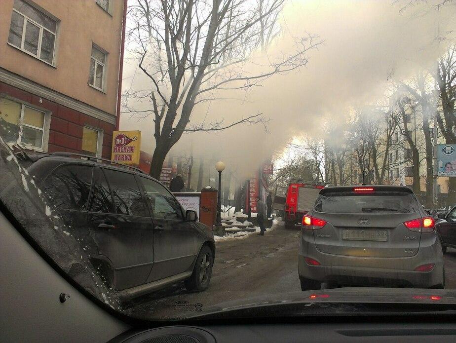 В Калининграде горит магазин деликатесов - Новости Калининграда