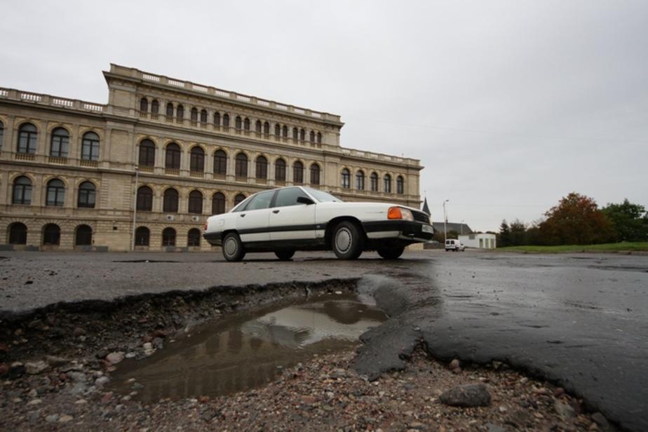 Книга жалоб: Обещали ремонт, но не сделали - Новости Калининграда