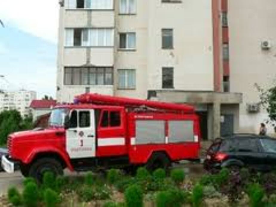 Пожарным дважды пришлось тушить бытовой мусор в домах Калининграда - Новости Калининграда