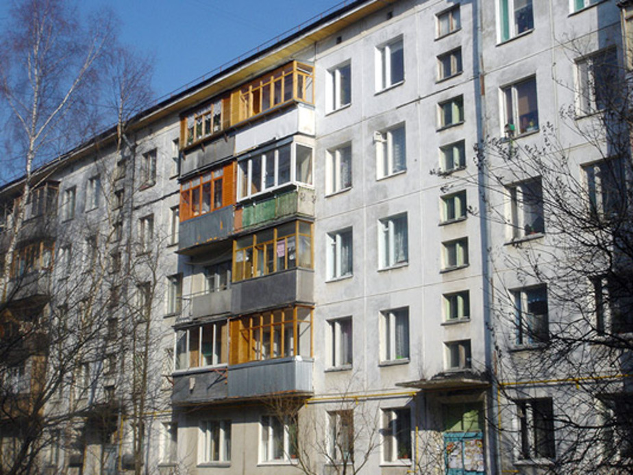 В Калининграде женщина выпрыгнула из окна- а мужчина упал в реку - Новости Калининграда