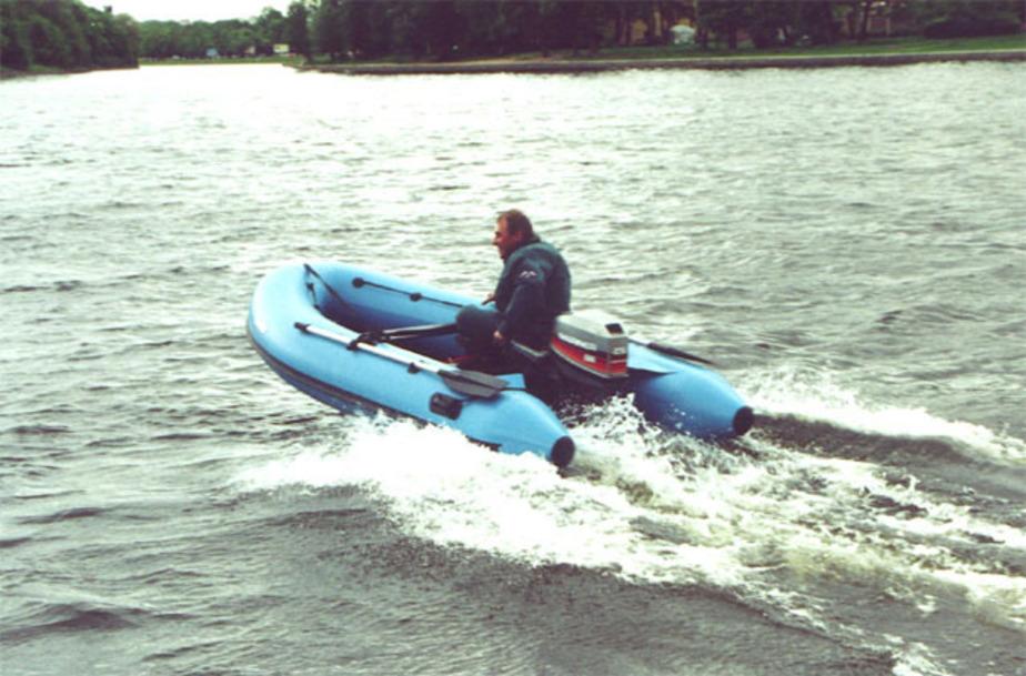 Спасатели вытащили из озера Шенфлиз 18-летнюю девушку и пьяного - Новости Калининграда