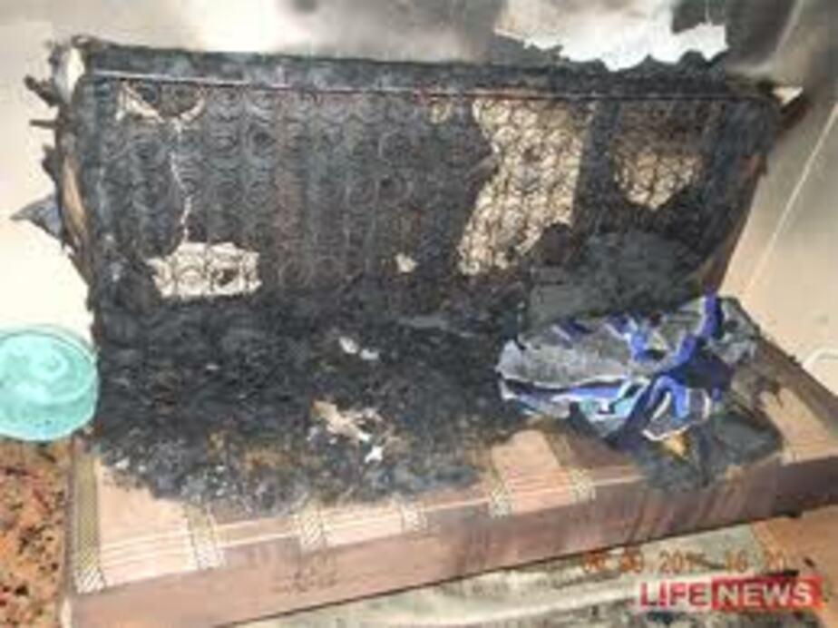 За сутки пожарным дважды пришлось тушить диваны - Новости Калининграда