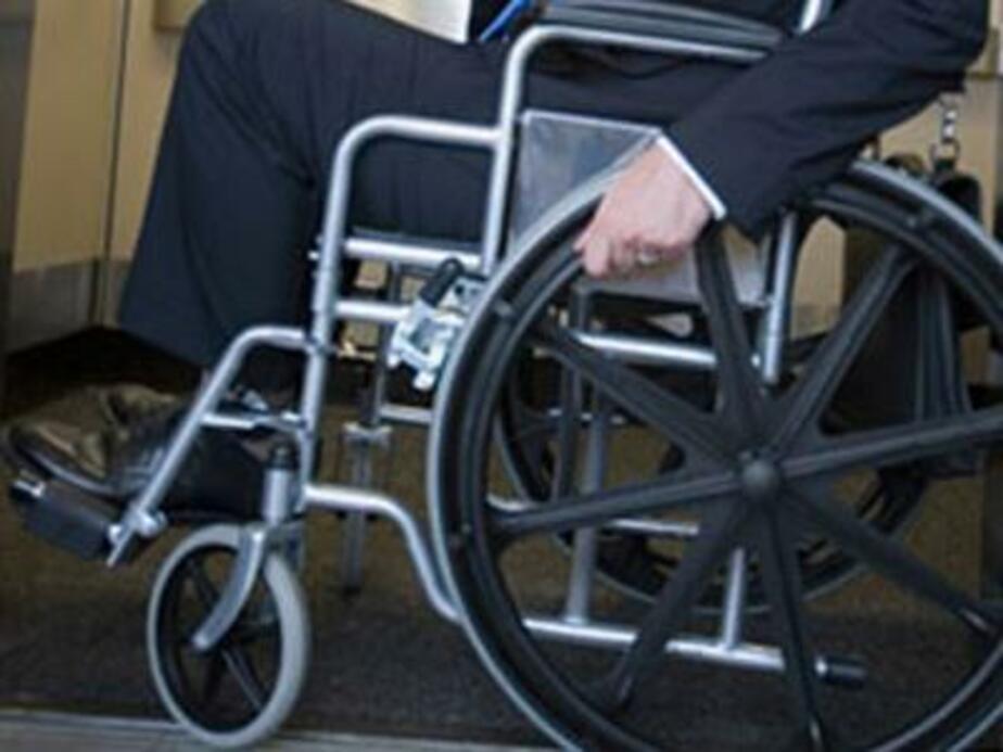 Приставы выдворили за пределы области инвалида-колясочника из Молдовы и двух гастарбайтеров - Новости Калининграда