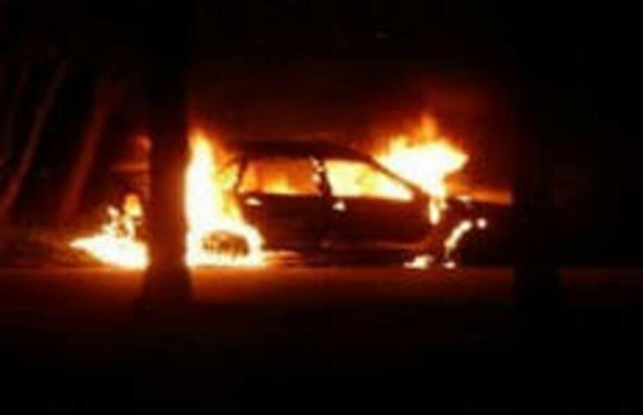 Двое светловчан угнали и сожгли автомобиль - Новости Калининграда