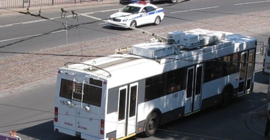 В Калининграде троллейбус оборвал собственную контактную сеть - Новости Калининграда