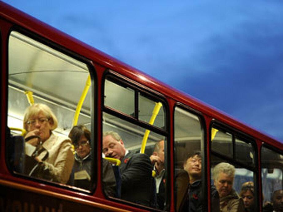 Калининградские студенты попросили льготный проезд в автобусах - Новости Калининграда