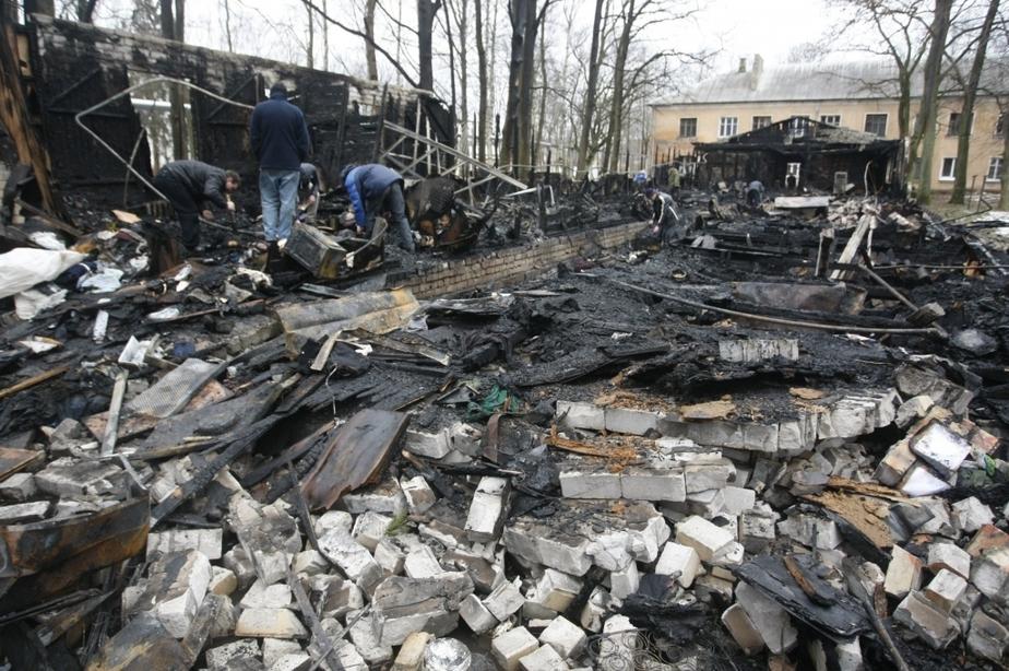 Пожар в общежитии Балтфлота- люди выпрыгивали из окон - Новости Калининграда
