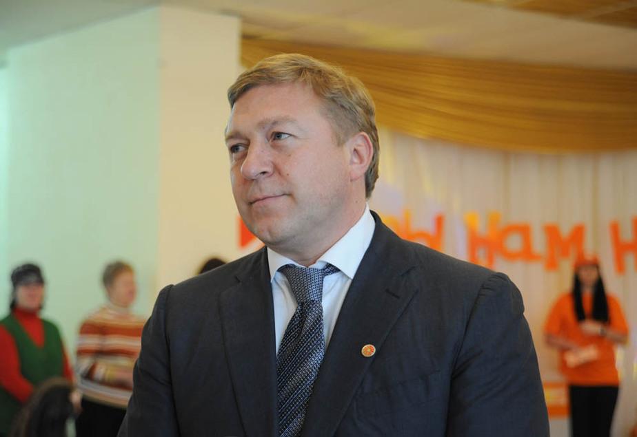 Ярошук в прямом эфире уволил чиновника администрации - Новости Калининграда