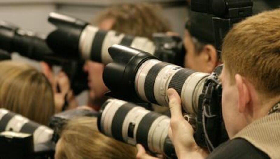 Депутат Облдумы от КПРФ Леушин обвинил СМИ в непрофессионализме