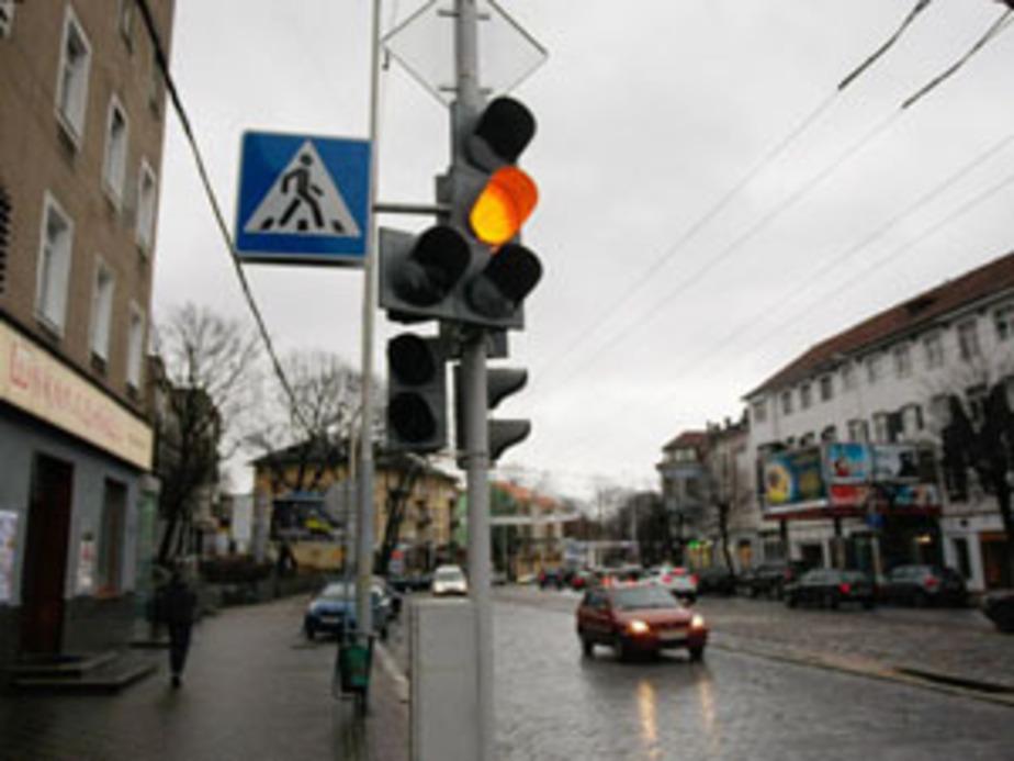 В Калининграде из-за нового светофора водители и пешеходы идут стенка на стенку - Новости Калининграда