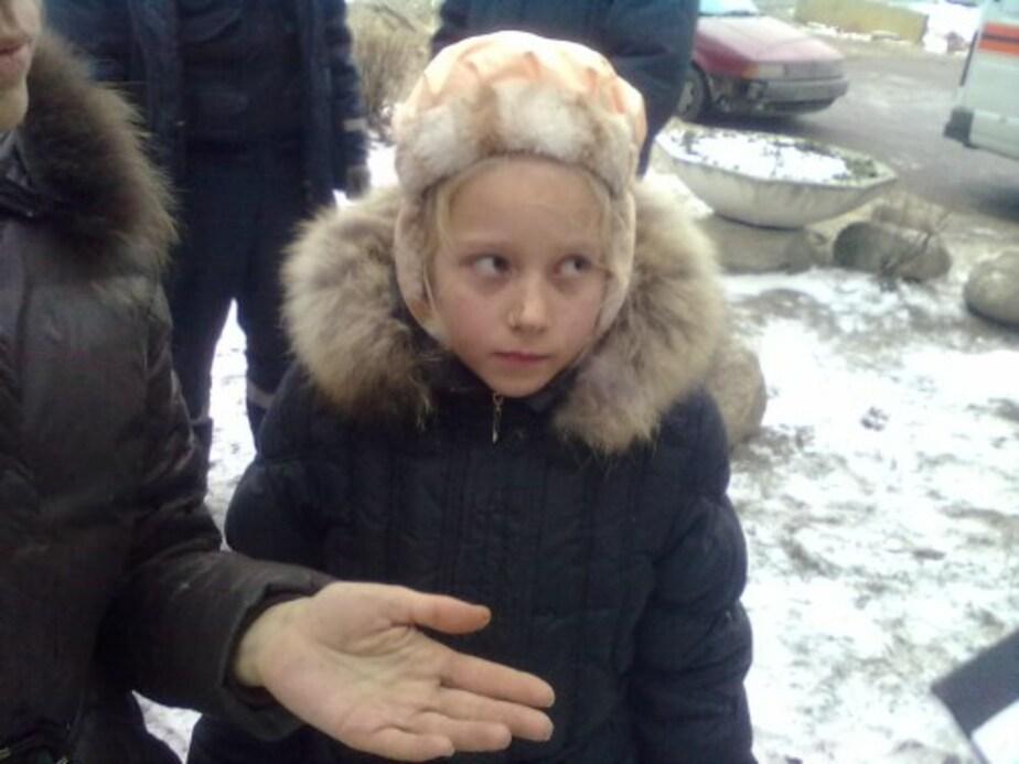 """Суд заставил """"Водоканал"""" выплатить 50 тыс- руб- упавшей в колодец девочке - Новости Калининграда"""