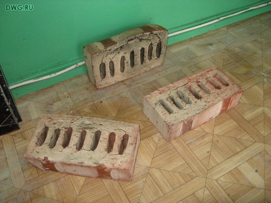 Калининградец построил дом из украденных кирпичей - Новости Калининграда