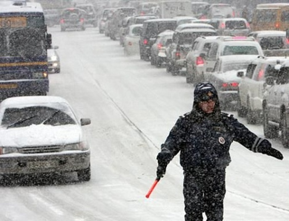 ГИБДД предупреждает о сложной дорожной ситуации из-за мокрого снега - Новости Калининграда